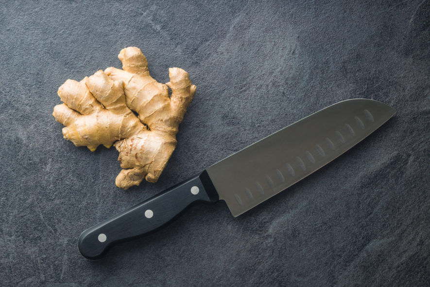 Ginger root and knife.
